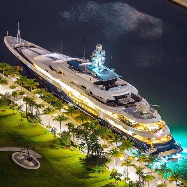 LuxuryLifestyle BillionaireLifesyle Millionaire Rich Motivation WORK 120 24